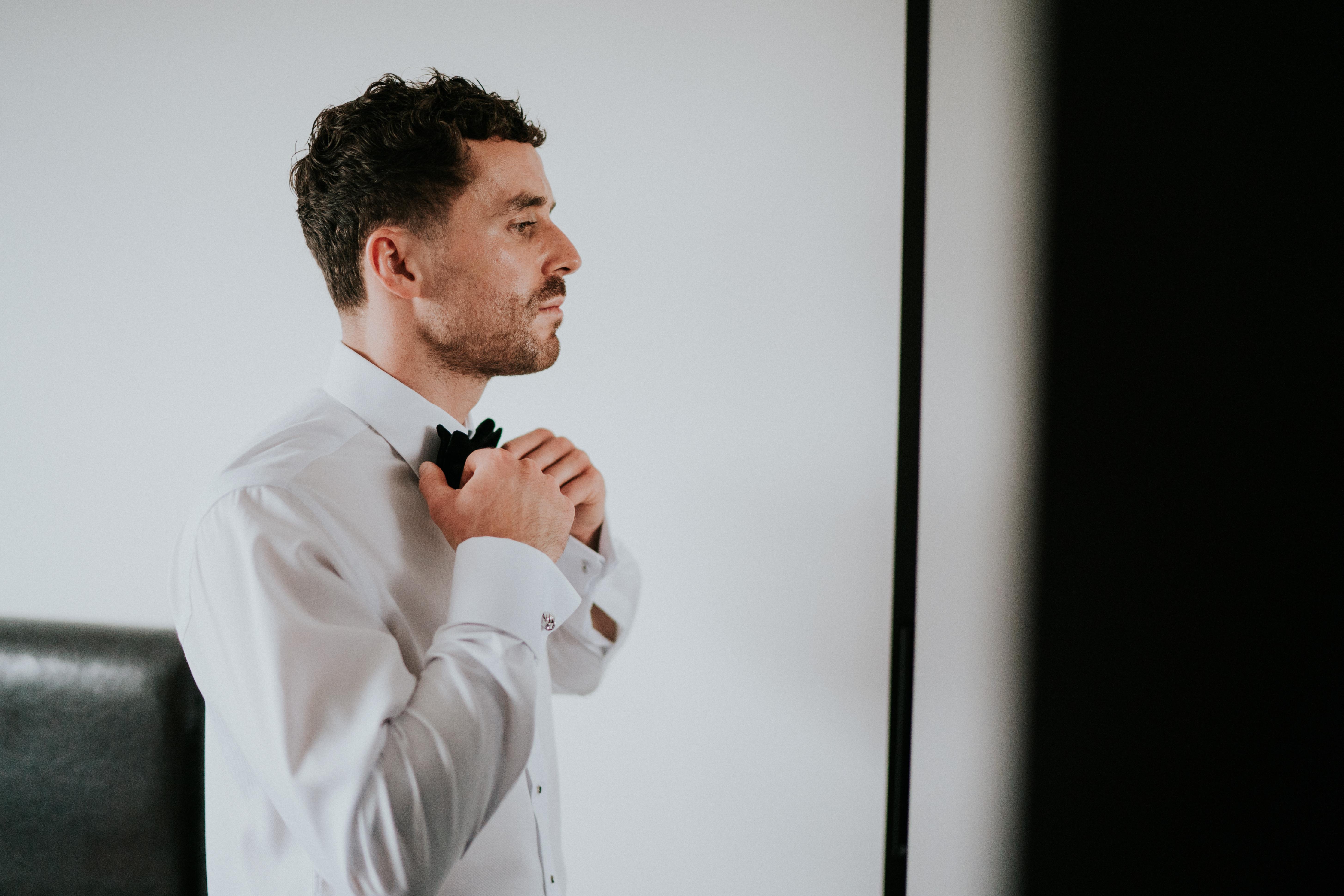 straightening tie